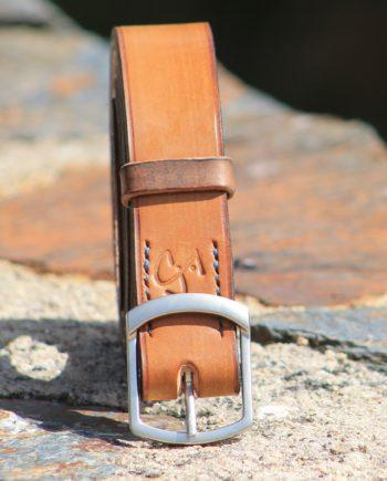 Sangle de guitare en cuir ALYTES - Maison Grandadam 1bc7aeeb237
